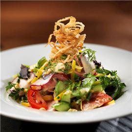 appetizing-fresh-salad-650-650